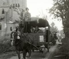 Bruidswagen met The van Huet aan de leidsels