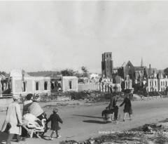 evacuees op de rijnbrug