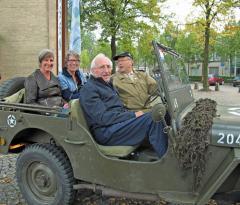 IMG_4254_in de jeep-2