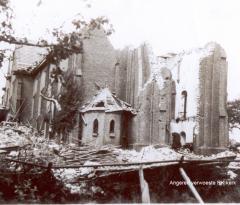 Verwoeste RK Kerk Angeren